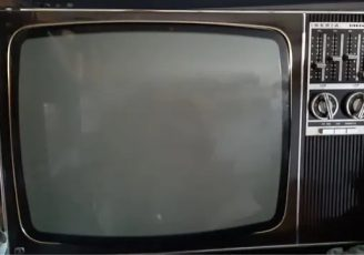 televisor en blanco y negro